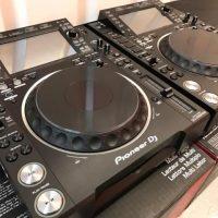 2x Pioneer CDJ-2000NXS2 + 1x DJM-900NXS2 mixer cost $ 2000USD